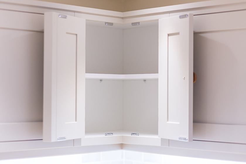 Why Melamine Faced Chipboard Is Great For Kitchen Cabinet Interiors