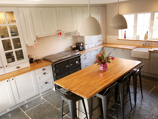Homely Shaker Kitchen